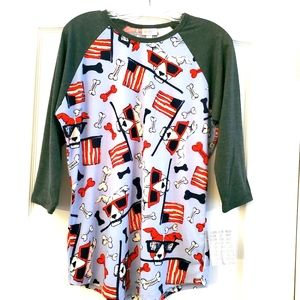 Lularoe L Randy Baseball Raglan shirt Dogs NWT 🦄